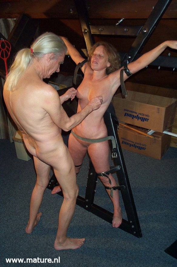 mature sex foto bdsm brno